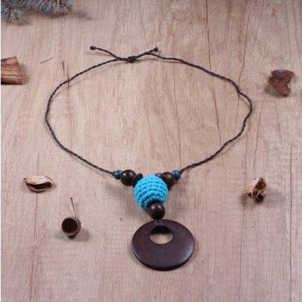 Mahagóni fából készült hordozós nyaklánc